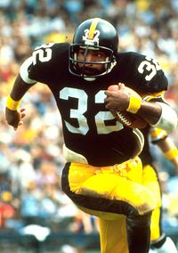 Franco Harris , fullback Steelers all-time leading rusher and MVP of Super Bowl IX But Football, Pittsburgh Steelers Football, Pittsburgh Sports, Football Players, School Football, Watch Football, Dallas Cowboys, Super Bowl, Fifa