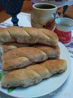 Λαδοκούλουρα Λευκαδίτικα !!! ~ ΜΑΓΕΙΡΙΚΗ ΚΑΙ ΣΥΝΤΑΓΕΣ 2 Sweet Desserts, Hot Dog Buns, Bagel, Biscotti, Appetizers, Cookies, Favorite Recipes, Bread, Snacks