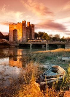 Originally built in 1425, Bunratty Castle is one of the country's finest, most well-preserved medieval castles. The building is open to the public, where folks can enjoy the rooms stocked with 15th-century furnishings and artwork, plus stroll through the surrounding gardens and village. It gets better: The site hosts medieval banquets every evening, complete with live Irish music and honey mead.