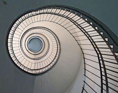 curving light #staircases