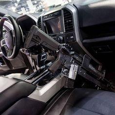 This set up tho #ar #raptor #gunmount #sexy #gunporn #ford #igguns #merica #fuckyeah #freedom #2a #defendthesecond #goals