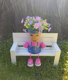 Country Kid Clay Pot People, 4 Planter Brighten your day with this cheerful little Country Girl Clay Pot People Planter by Pot Mama. Clay Flower Pots, Flower Pot Crafts, Clay Pot Crafts, Flower Planters, Clay Pots, Clay Pot Projects, Clay Clay, Flower Pot People, Clay Pot People