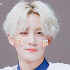 Woozi, Wonwoo, Jooheon, Vernon Chwe, Blonde Asian, Jeonghan Seventeen, Korean Boys Ulzzang, Seventeen Wallpapers, Seventeen Debut