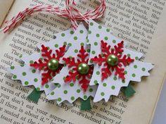 Christmas Tree Tags with a shiny brad Holiday Gift Tags, Christmas Gift Wrapping, Christmas Paper, Handmade Christmas, Holiday Cards, Handmade Gift Tags, Candy Cards, Card Tags, Gift Cards
