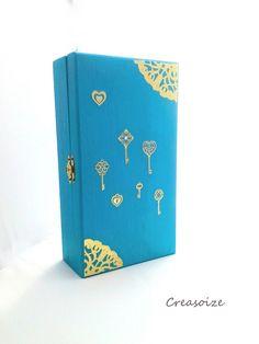 Armoire à clefs décorative en bois turquoise et or : Meubles et rangements par creasoize