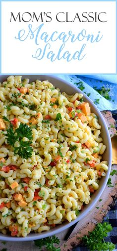 Creamy and flavourful, with bell peppers, green relish, and cheddar cheese; Mom's Classic Macaroni Salad is a dish served best any time you like! Classic Macaroni Salad, Best Macaroni Salad, Best Side Dishes, Side Dish Recipes, Pot Pasta, Pasta Dishes, Easy Cooking, Cooking Recipes, Salads