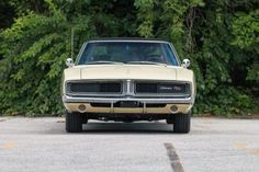 """The Muscle Car History Back in the and the American car manufacturers diversified their automobile lines with high performance vehicles which came to be known as """"Muscle Cars. Pontiac Gto, Chevrolet Camaro, Radios, 1966 Gto, 1966 Chevelle, 1969 Dodge Charger, Street Racing, Mustang Cars, Car Manufacturers"""
