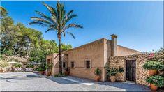 mediterrán vidéki házak, nyaralók - Luxuslakások és házak Pergola, Mansions, House Styles, Home Decor, Decoration Home, Manor Houses, Room Decor, Outdoor Pergola, Villas