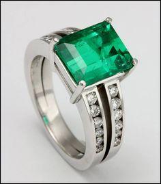 Ref. 3R Anillo de esmeralda adornada con diamantes. Emerald Jewelry, Emerald Rings, Jewerly, Emerald City, Engagement Rings, Gemstones, Elegant, Diamond, Bracelets
