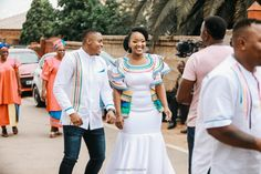 A Stunning Modern Traditional Wedding Pedi Traditional Attire, Modern Traditional, Traditional Outfits, Zulu Wedding, Wedding Blog, Dream Wedding, African Traditional Wedding Dress, Ready For Marriage, Groom Shirts