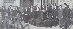 El Congreso Constituyente de México de 1917 fue el órgano electo para redactar una nueva constitución para México, estuvo en funciones del 1 de diciembre de 1916 al 31 de enero de 1917 y su sede fue el Gran Teatro Iturbide (Hoy Teatro de la República) de la ciudad de Santiago de Querétaro, Querétaro. El 5 de febrero de 1917 promulgó oficialmente la Constitución Política de los Estados Unidos Mexicanos.