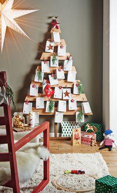 Der selbst gebaute Adventskalender aus Holz ist gleichzeitg eine tolle Weihnachts-Dekoration: Wir zeigen, wie Sie den DIY-Adventskalender bauen