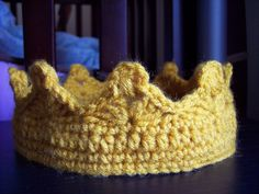 Crochet Crown - this one was designed for the little king of the castle, but a little princess would wear it, too. Not a standard Bow Dazzling Volunteers project but too cute to pass up. For small children, big kids, even some adults.