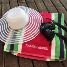 Urlaub in der Türkei: Ich liebe mein neues Strandtuch von Ralph Lauren, dass wir nicht nur im Partnerlook gekauft haben, sondern auch echt günstig im Outlet bekommen haben. Sie sind so toll <3 #Türkei #Urlaub #Strand #Belek #HotelSpiceandSpa #RalphLauren