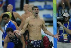 Michael Phelps celebrates after winning his gold medal, setting the all-time record for most Olympic gold medals. Beijing Olympics, Summer Olympics, Olympic Swimmers, Olympic Athletes, Michael Phelps, Bill Gates, Lionel Messi, Keanu Reeves, Photos