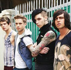 andy biersack, kellin quinn, and sleeping with sirens kép