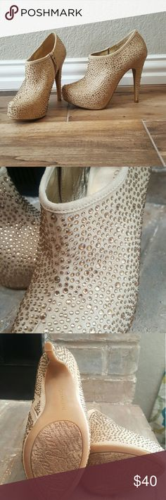 Gianni Bini heel boots Gorgeous gold/tan jeweled Gianni Bini. Excellent condition. Worn once to go sit down at a show. Gianni Bini Shoes Ankle Boots & Booties