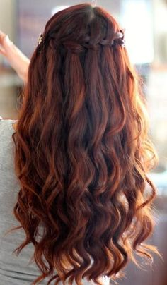Amazing Messy Curly Head-Turning Style 3-waterfall-braid-wi