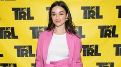 News Videos & more -  MTV Legend Crystal Reed Was A Superstar On TRL #Music #Videos #News Check more at https://rockstarseo.ca/mtv-legend-crystal-reed-was-a-superstar-on-trl/