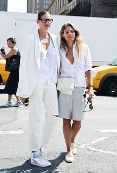 News Photo : Jenna Lyons is seen outside the Prabal Gurung. All White Outfit, White Outfits, Matching Outfits, Jenna Lyons, White Couple, Star Fashion, Fashion Trends, Ladies Fashion, Fashion Couple