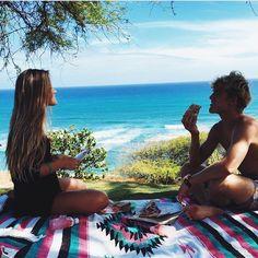 beach picnics!
