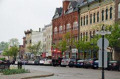 Aller à Stratford, Ontario pour aller voir plein de pièce de Théâtre avec ma chum Martine :)
