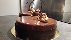 Chocolat noir, praliné amandes et noisettes…