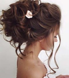 Popular Wedding Hairstyles For Long Hair - WeddingWide.Com-Popular Wedding Hairstyles For Long Hair – Do you realize if you marry young will find it very beautiful? However, many people are trying to enhance his fortune and look forward to the many riches he will more easily undergo households. Both were good, it's up to you want to put the wedding or wealth. …