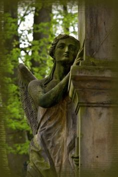 angel near column