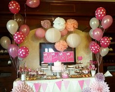 Candy bar fabulos Baptisms, Candy, Flowers, Pink, Bebe, Florals, Candles, Flower, Blossoms