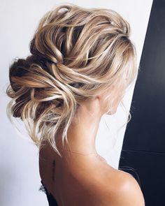 Elegant Wedding Hairstyles and Updos from lenabogucharskaya #weddings #bride #bridal #wedding #hairstyles #weddinghairstyles #fashion #dpf Formal Hairstyles, Medium Wedding Hairstyles, Medium Hair Updo, Medium Blonde Hairstyles, Hairstyles For Weddings, Special Occasion Hairstyles, Braided Hairstyles Updo, Hairstyles 2018, Bridal Hairstyles