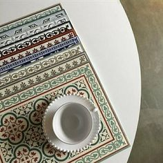 Refresh your dinning table