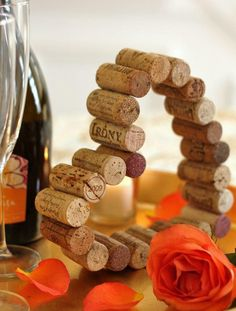 Wine Cork Heart   AllFreeHolidayCrafts.com