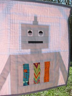 robot quilt by bumbles & lu, via Flickr