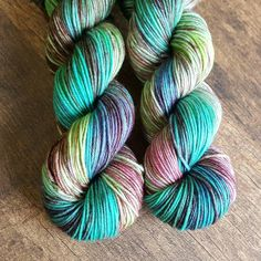 Fairy Pools (a ONE TIME colorway) on sw merino DK.  2 skeins available! shop link in bio  #upinyarns #upinyarnsdesigns #indiedyedyarn #indiedyer #dyersofinstagram #yarnstagram #yarnporn #indiedyersoninstagram #yarndyer #yarnie #yarniesofinstagram #yarn #knitstagram #knittersofinstagram #crochetersofinstagram by upinyarns