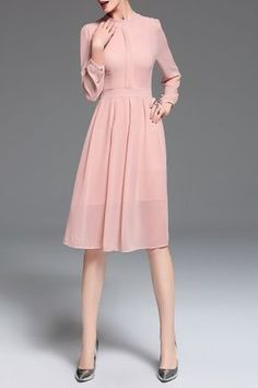 Shop zakejas pink chiffon long sleeve midi dress here, find your midi dresses at dezzal, huge selection and best quality. Casual Summer Dresses, Dressy Outfits, Modest Dresses, Trendy Dresses, Elegant Dresses, Cute Dresses, Short Dresses, Fashion Dresses, Dresses For Work
