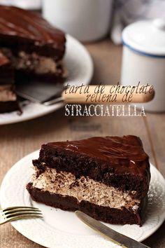 Tarta de chocolate rellena de Stracciatella {by Paula, Con las Zarpas en la Masa}