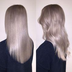 Fresh ice made by my Elsahands ❄️ #blonde #white #ice #elsa #frozen #wellalife #wella #hair #longhair #curls #byme