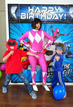 Go Go Power Rangers! How to Throw a Mighty Morphin' Power Rangers-Themed Birthday Party Power Ranger Party, Power Ranger Birthday, 5th Birthday, Birthday Party Themes, Happy Birthday, Game Ideas, Ideas Party, Party Snacks, Party Favors