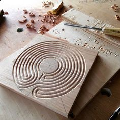 Working on a Svanti finger labyrinth in cherry #soulework #handmade #handcarved…