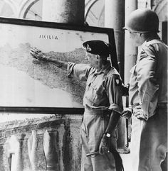 Montgomery and Patton discuss operations in Sicily. Bernard Montgomery, South East Europe, Vietnam, Italy Magazine, Canadian Soldiers, Field Marshal, Catholic Religion, Sicily Italy, American War