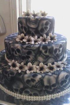 Airbrush skull cake