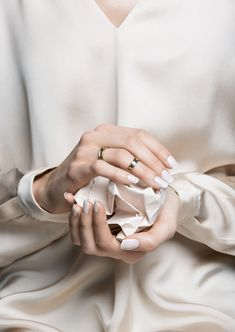 Pale French Mani//