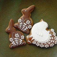 Cookie Decorating, Gingerbread Cookies, Easter Bunny, Bunnies, Icing, Desserts, Easter Cookies, Decorated Cookies, Easter Party