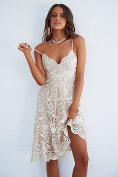 Breathtaking 2.0 Dress (Gold Beige) – Xenia Boutique Gold Lace 435618eca