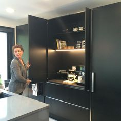 Lede's lighted breakfast cabinet is a specialty of the House Lumiance kitchen. Kitchen Room Design, Modern Kitchen Design, Living Room Kitchen, Interior Design Kitchen, Kitchen Decor, Hidden Kitchen, Kitchen Pantry, Kitchen Storage, Kitchen Cabinets