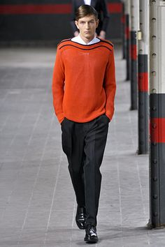 Really interesting and attractive trim for a man's sweater - dries van noten ss12
