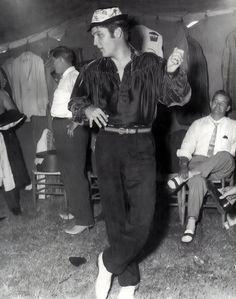 Elvis Presley  back in Tupelo