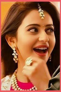 Apse hi hmne sikha hai wakt aane par yaad krna Beautiful Bollywood Actress, Most Beautiful Indian Actress, Beautiful Actresses, Cute Beauty, Beauty Full Girl, Beauty Women, Beautiful Girl In India, Beautiful Girl Photo, Beautiful Bride