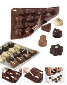 Mould for icecubes / chocolate pralines - CHOCOCHRISTMAS CHOCO-CHRISTMAS, made from food-grade platinum silicone, for the realisation of special ice cubes for your long drinks or for pralines or little pastries with a professional cake shop look. CHOCO-ICE trays come in different shapes, modern, minimal and elegant. Long Drink, Cake Shop, Different Shapes, Food Grade, Candy, Christmas, Ice Cubes, Trays, Pastries